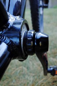A single 2.5mm GXPP bottom bracket spacer provides clearance between the shell and bearing cup.